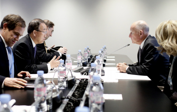 Jerry Brown in meeting